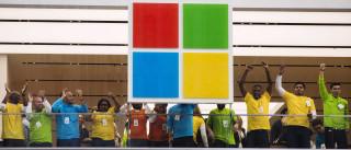 Microsoft adapta-se para rivalizar com Slack e Dropbox
