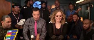 Adele e Jimmy Fallon fazem dueto e cantam 'Hello'