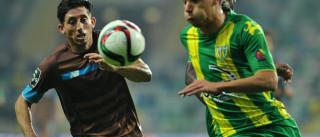 [0-1] Golaço de Brahimi e mãos de Casillas valem triunfo portista
