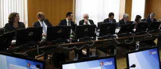 """Ministro do Ambiente alerta que acordo formal """"não está garantido"""""""