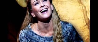 Atriz portuguesa Madalena Alberto estreia-se no West End em Londres