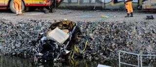 Músicos britânicos morrem após queda de carro em canal de Estocolmo