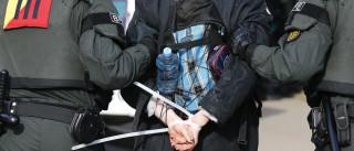 Cerca 400 detidos devido a congresso de partido de direita