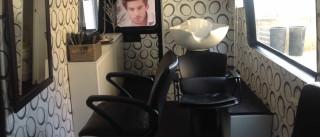 Aos 37, cumpriu um sonho: Trocou salão de cabeleireiro por carrinha