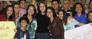 Jovem de 17 anos viajou do Brasil para os EUA. Ficou 15 dias retida