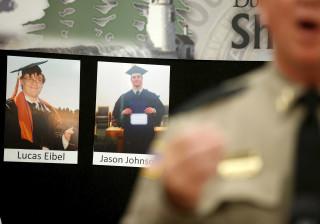 Atirador que matou nove pessoas em faculdade terá cometido suicídio
