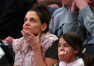 Katie Holmes abismada com semelhanças entre a filha e Tom Cruise