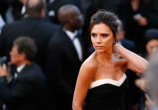 Victoria Beckham surpreende fãs com vídeo que mostra seios de modelo