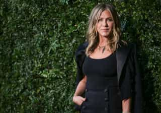 Foto: Jennifer Aniston livre, leve e... sem soutien