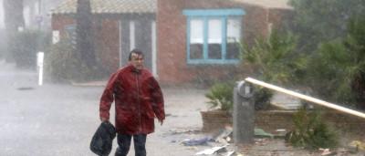 Inundações causam pelo menos 10 mortos e seis desaparecidos