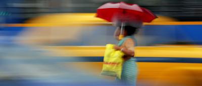 Subida de oceanos e fortes chuvas agravam risco de inundações