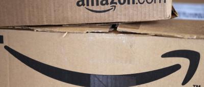 Família processa Amazon por suicídio da filha