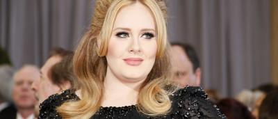 Adele regressa à música... com menos 30 quilos