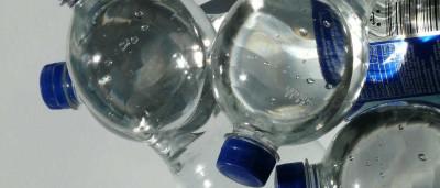 Apreendidas milhares de garrafas com mistura de álcool e viagra