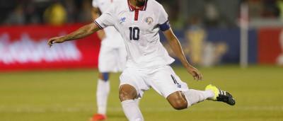 Bryan Ruiz: foi chegar, treinar e... elogiar Jorge Jesus