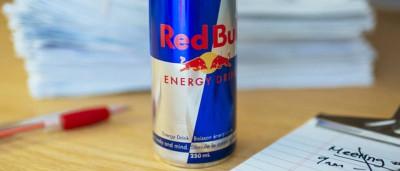 Bebia 28 garrafas de Red Bull por dia. Acabou por ser hospitalizada