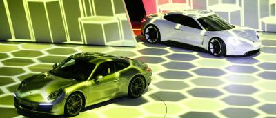 A Porsche prefere o Apple CarPlay ao Android Auto. Saiba porquê