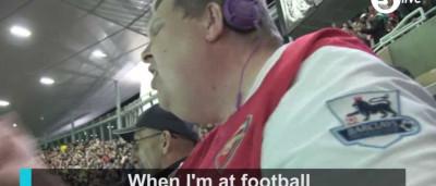 É cego e vai ao futebol porque quer ser só mais um. A história de Wayne