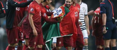 Moutinho marca e Portugal diz 'à bientôt' ao Euro 2016