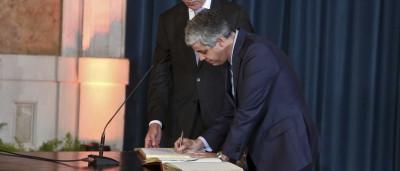 Novo Governo tomou posse. António Costa já é primeiro-ministro