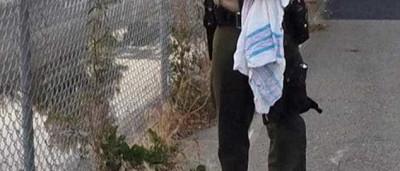Dois agentes resgatam recém-nascida enterrada viva