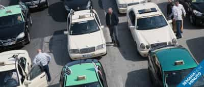 Crimes matam portugueses, táxis só não param 'águias', Esquerda 'safa'