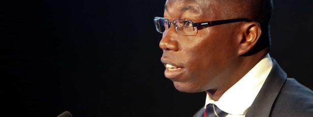 Guiné-Bissau promete pagar até ao final do ano salários atrasados