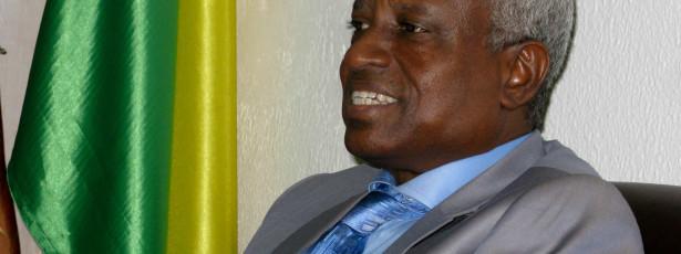 Presidente de transição apela à estabilidade