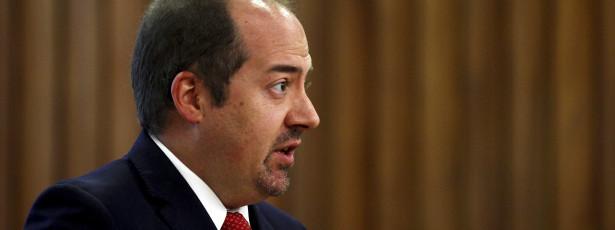 Álvaro Santos Pereira defende IRC a 10% dentro de uma década