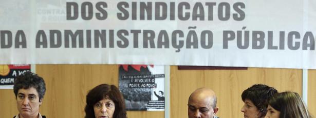 Frente Comum vai pedir a Cavaco fiscalização preventiva dos cortes salariais