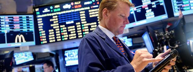 Wall Street fecha em alta com investidores animados