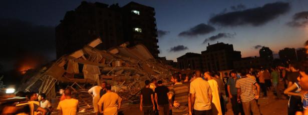 Israel bombardeia vários edifícios e mata dez palestinianos