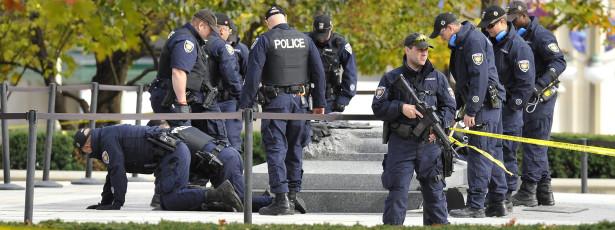 Polícia relaciona atirador com conhecido acusado de terrorismo