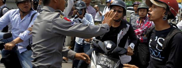 Acordo de princípio entre Birmânia e 16 guerrilhas para cessar-fogo