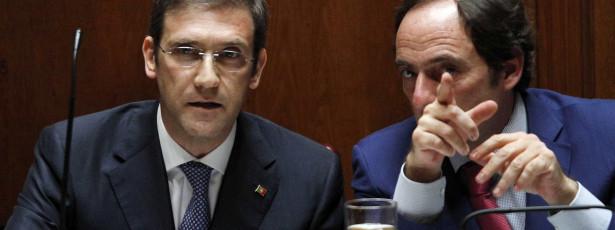 Governo não avança com aumento do IVA e da TSU em 2015