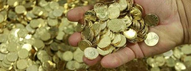 Euro recua face ao dólar com atenções centradas no BCE e Grécia