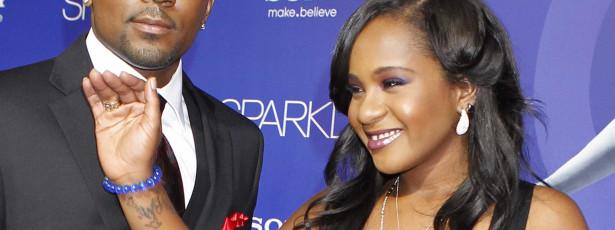 Filha de Whitney Houston encontrada inconsciente