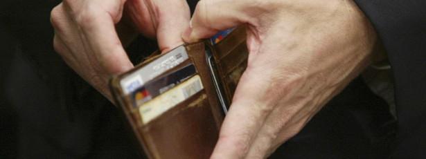 Numa semana Estado despendeu quatro milhões (só) em assessorias