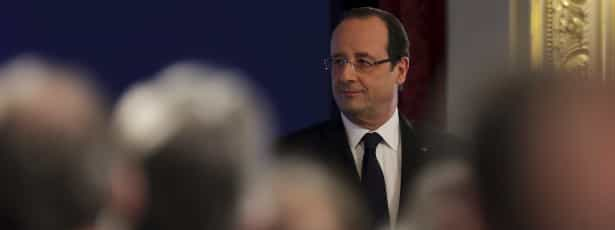 Hollande apela a união internacional contra terrorismo