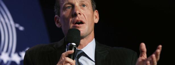 Armstrong proibido de participar em passeio cicloturista