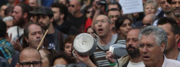 Movimento 'Que se lixe a troika' convoca manifestação nacional