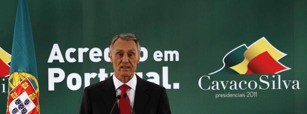 Cavaco poupa nova CES a envio para Constitucional
