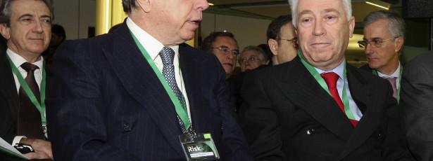 Carlos Costa defende importância da recapitalização dos bancos