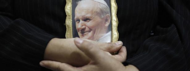 Data da canonização de João Paulo II anunciada a 30 de Setembro