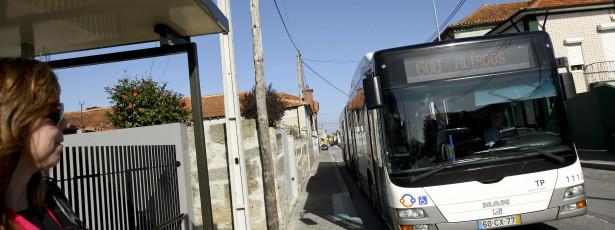 Utentes acusam Metro do Porto e STCP de pôr em causa mobilidade
