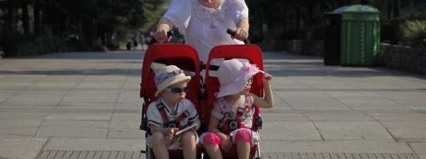 Expor crianças ao sol nas horas impróprias aumenta risco de cancro