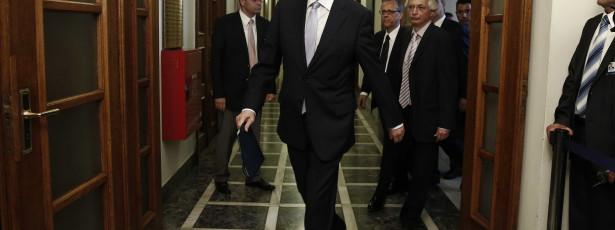 Samaras apela à unidade seis dias depois de remodelar governo