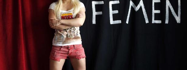 Fundadoras do grupo Femen fogem da Ucrânia