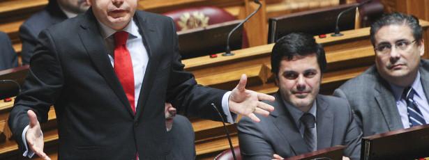 PSD assume que maioria quer renovar mandato em 2015