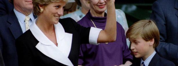 Vestidos da Princesa Diana vão a leilão em dezembro